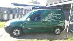 Citroen Berlingo camper van, awning, solar panel, inverter Wynnum Brisbane South East Preview