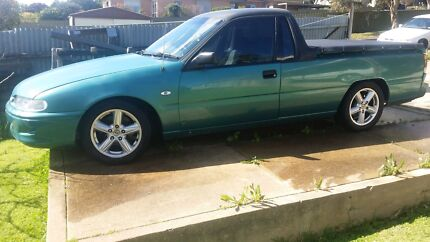 Holden vr 5L ute  Bedford Park Mitcham Area Preview