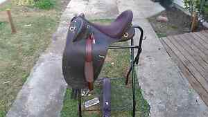 Stock Saddle Stroud Great Lakes Area Preview