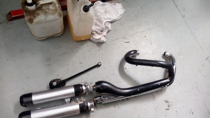 Harley night rod special stock pipes