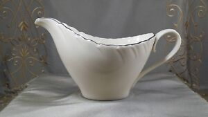 LENOX WEATHERLY Creamer SMALL PITCHER D517