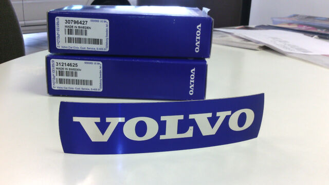 VOLVO GENUINE GRILLE BLUE BADGE EMBLEM  30796427      XC60 ONLY
