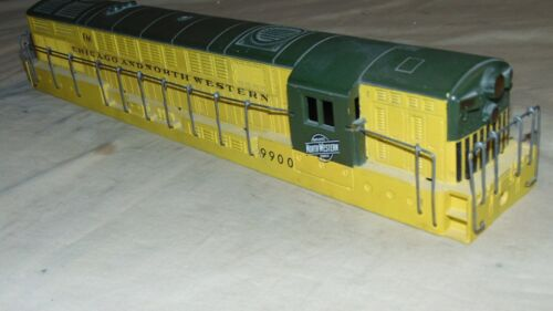 LIONEL O GAUGE 2321 CUSTOM PAINTED CHICAGO NORTHWESTERN SHELL ONLY...