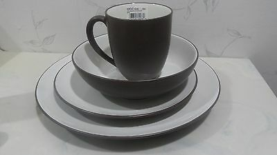 NEW Noritake COLORWAVE CHOCOLATE brown 4 piece Dinner COUPE PLACE SETTING - NIB Brown 4 Piece Place Setting