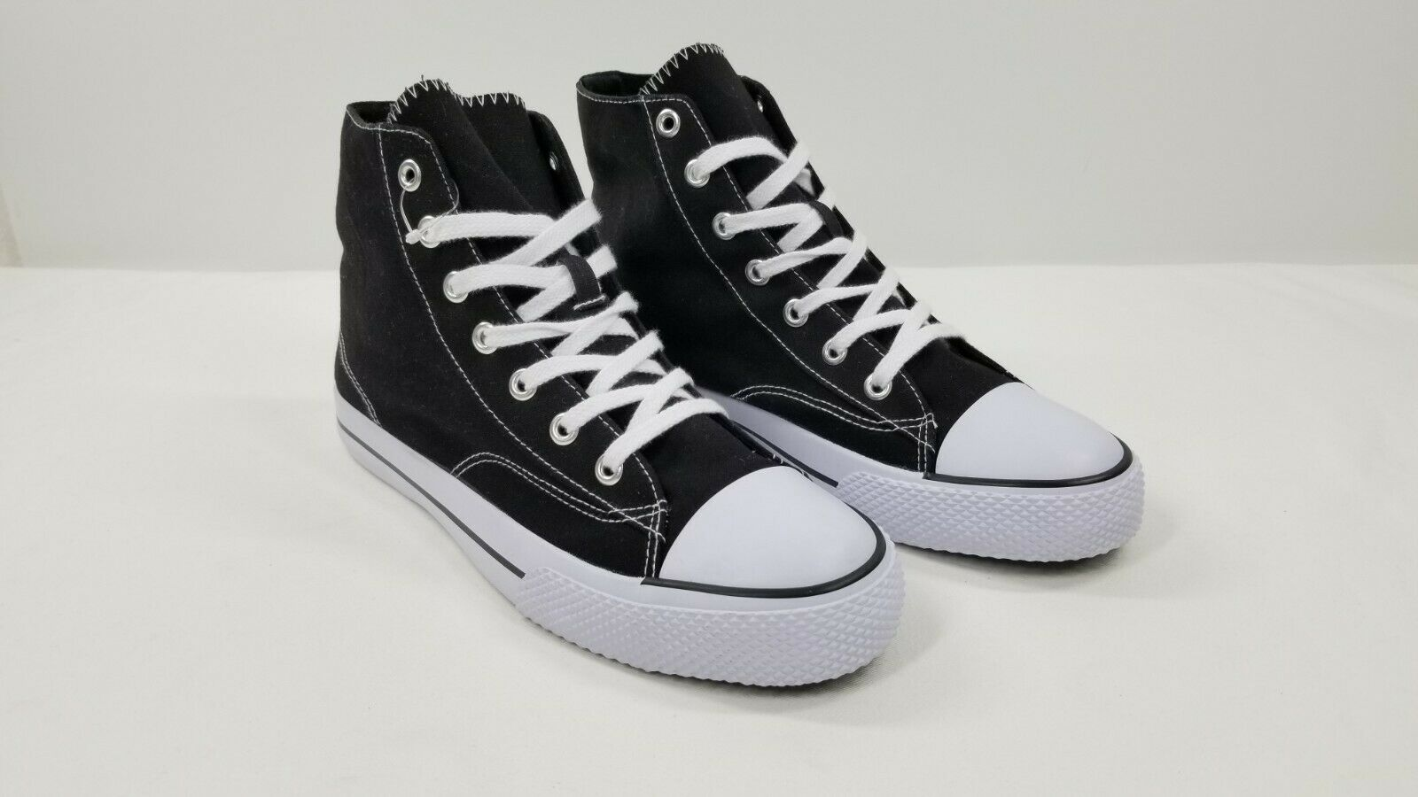 Black High Top Air Walk Shoes Sneakers Size 12 Women's Tenni