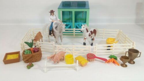 Vintage Kid Kore horse barn stable lot - over 25 pcs figure cow pig accessories
