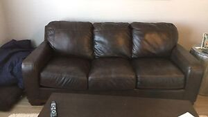 Excellent condition brown leather couch