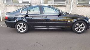 2001 BMW 320i***Leather Seats**Cruise control**Cd**Log Books** Roselands Canterbury Area Preview
