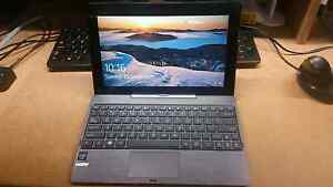 Asus 2 in 1 laptop tablet Eatons Hill Pine Rivers Area Preview