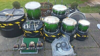 Used drum kit pearl export plus cymbals. NO BASE