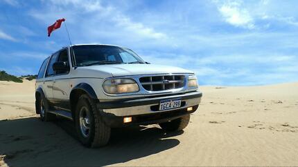 Ford Explorer XLT 4WD, Outback Equipment, Bed Setup