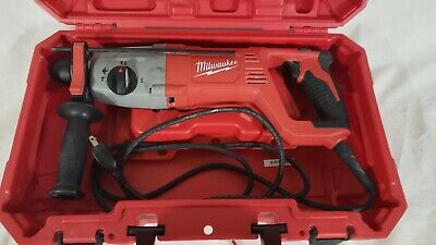 Milwaukee 5262-21 Corded 1inch Sds Plus Rotary Hammer Drill.