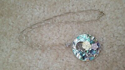 Fashion necklace silver twisted chain blue green iridescent flower shell pendant - Green Shell Fashion