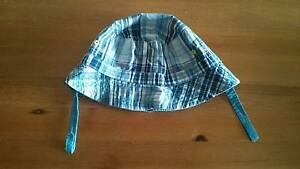 Pumpkin patch reversible hat - great condition South Perth South Perth Area Preview