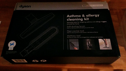 Dyson asthma and allergy cleaning kit