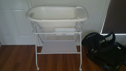 Wanted: Bath tub and stand