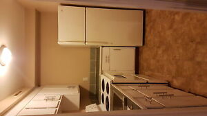 LARGE 1 BDRM – WITH HEAT & HW INCL - UNDER 20LBS DOGS ALLOWED!!