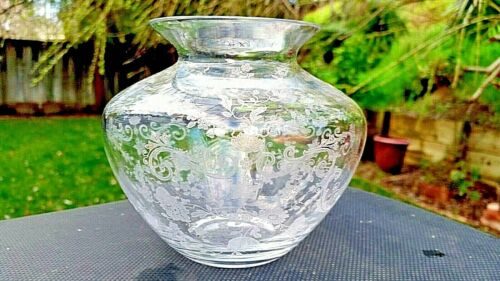 "Crystal Chantilly 5"" Globe Vase # 3400/102"