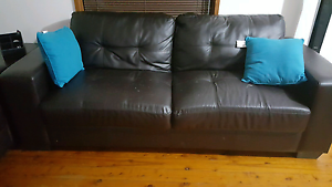 Brown leather lounge. Comfortable. Urgent sale Greystanes Parramatta Area Preview