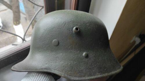 Original German WW2 steel helmet M16