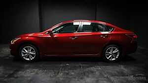 2013 Nissan Altima 2.5 SV SUNROOF! NAVIGATION! PUSH TO START!...