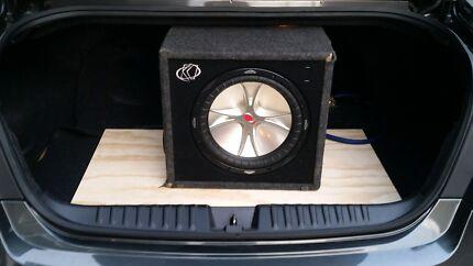 """kicker cvr 12"""" in ported kicker box car sub  Craigieburn Hume Area Preview"""