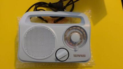 Terris AM/FM Radio - excellent condition!