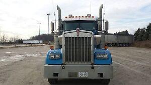 2008 Kenworth W900L Highway tractor