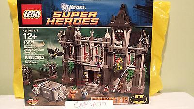 LEGO Batman: Arkham Asylum Breakout 10937 New and Sealed. DC Super Heroes
