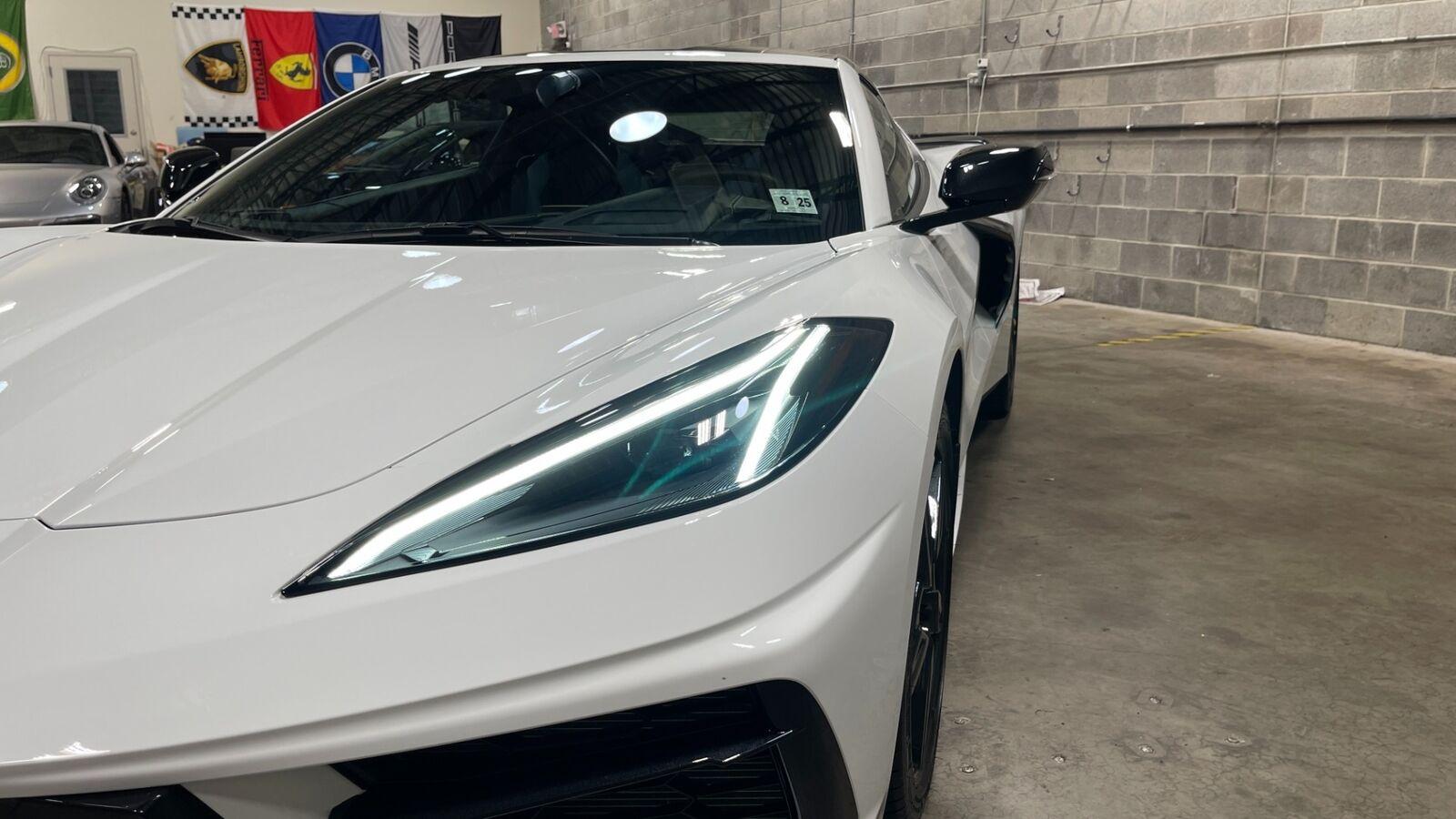 2020 White Chevrolet Corvette Stingray 3LT | C7 Corvette Photo 9