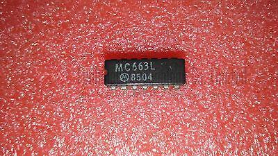 Motorola Mc663l Dual Jk Type Flip Flop Cdip14 X 1pc