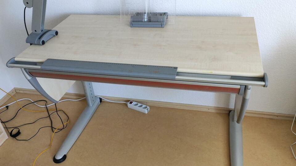 Moll Runner Schreibtisch mit Lampe in Baden-Württemberg - Oedheim