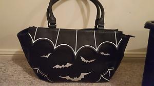 Banned Bats bag Black/White Raymond Terrace Port Stephens Area Preview