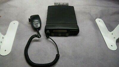 Motorola Aam25ckd9aa2an Cmd1250 Mobile 2-way Radio With Motorola Mic Aarmn4025b