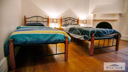 TWIN SHARED ROOM FOR ONE MALE ROOMIE TO SHARE IN MOSMAN