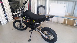 BSE 125cc Big Wheel pit bike 5 months old Mango Hill Pine Rivers Area Preview