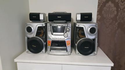 panasonic 5 stack cd  stereo 4 sale