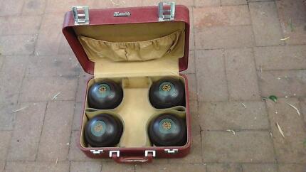 Sports - lawn bowls
