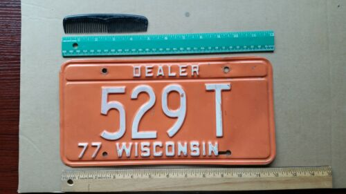 License Plate, Wisconsin, 1977, Delaer, 529 T, Cool color!