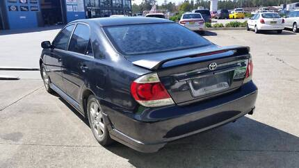 2004 Toyota Camry, Black, 2.4L 5sp Man.  NOW DISMANTLING