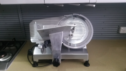 MEAT & CHEESE SLICER- NOAW NS300
