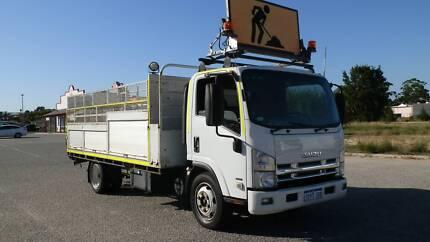 Isuzu NQR450 Serive truck