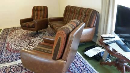 lounge retro swival chairs