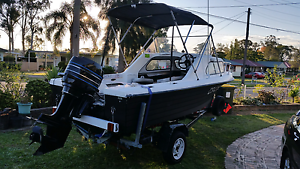 Half Cabin runabout boat Whalan Blacktown Area Preview