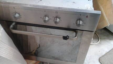 Whirlpool underbench electric oven. Mont Albert North Whitehorse Area Preview