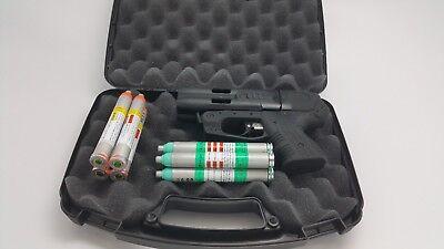 FIRESTORM JPX 4 SHOT DEFENDER PEPPER GUN BLACK COMPACT BUNDLE