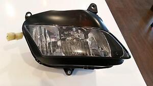Honda cbr 600 rr right headlight Armstrong Creek Geelong City Preview