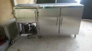 Refrigerated cabinet ,stainless steel under bench McGraths Hill Hawkesbury Area Preview