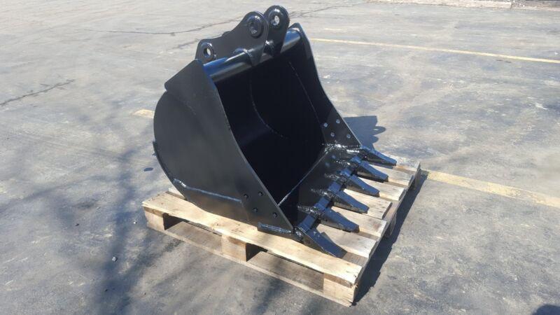 "New 36"" Komatsu Wb140 Backhoe Bucket"