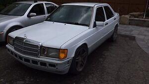 Mercedes 190e 2.3l 600$